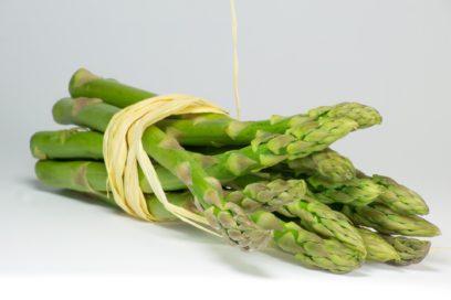 RICETTA VEGAN: Fusilli con asparagi, fagiolini e crema di tofu